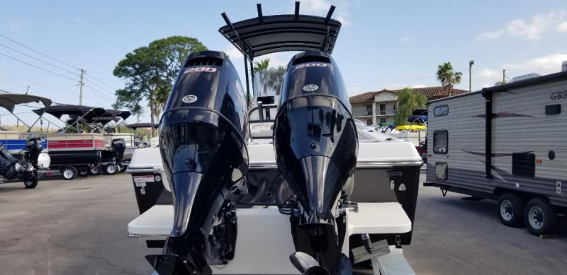2018 Caravelle Boat Group Key Largo 3000wi