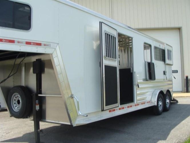 2016 Kiefer Genesis 2+1 3 Horse Straight Load GN