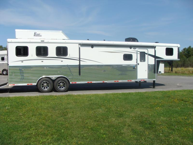 2018 Bison Trailers 8313RGGB Horse Trailer