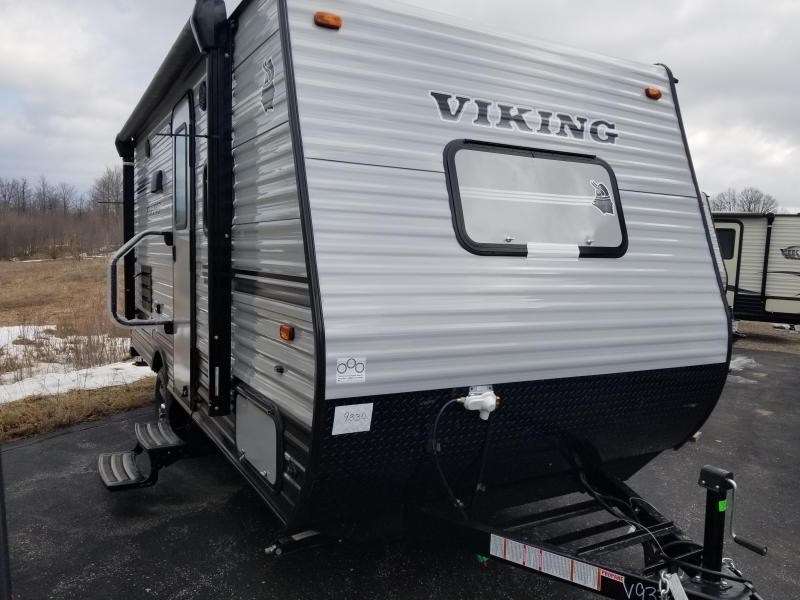 2018 Viking RV 17FQS Travel Trailer