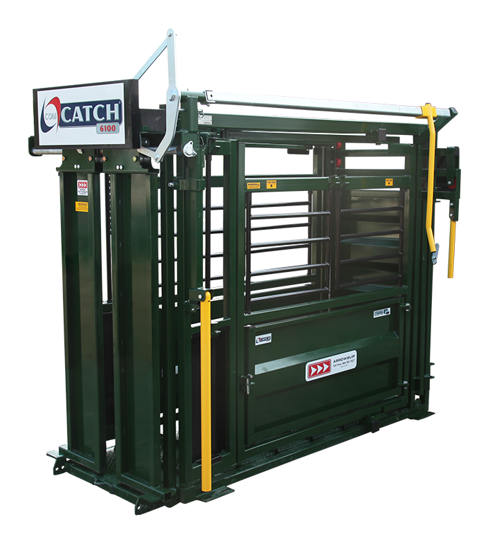 2016 Arrowquip ComCatch 6100 Farm / Ranch