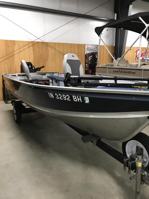 1996 Lund 16 REBEL Fishing Boat