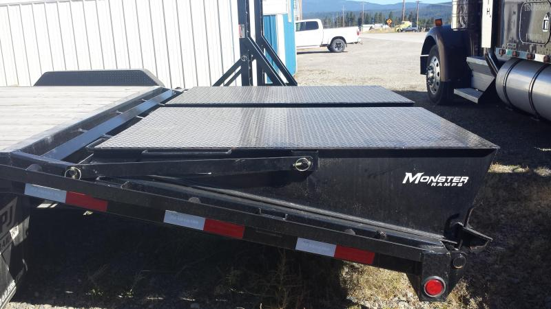 2014 PJ Trailers GN10225 Flatbed Trailer