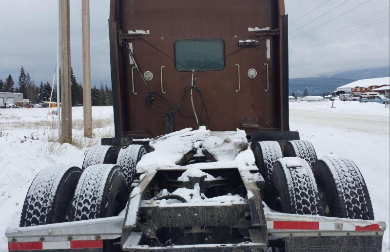 2000 Kenworth W900L Truck