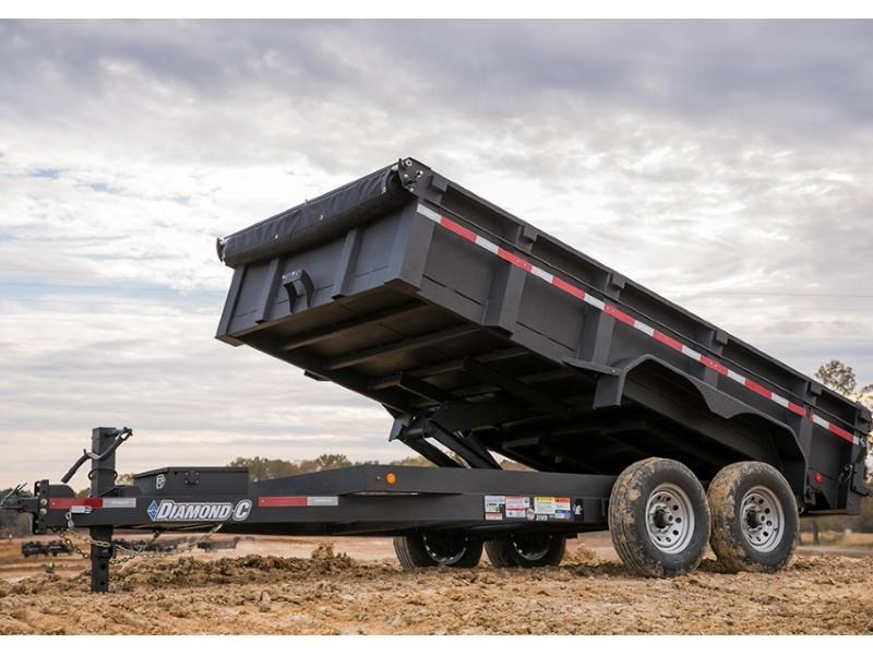 2018 Diamond C 21WD 16' x 82
