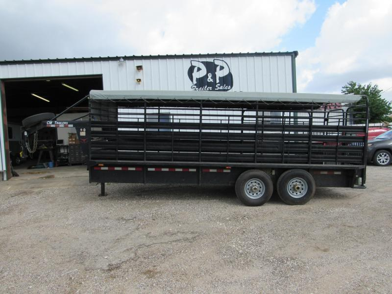 2010 CM 20 x 6.8 Brush Buster 20' Livestock Trailer