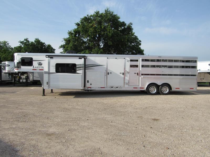 2020 Lakota LE81611 11 Living Quarters 16' Stock 32' Livestock Trailer LQ