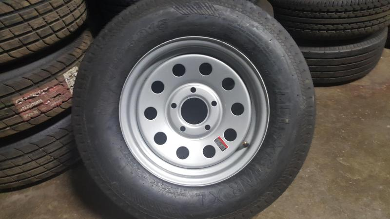 ST205/75D15 Wheel and Tire