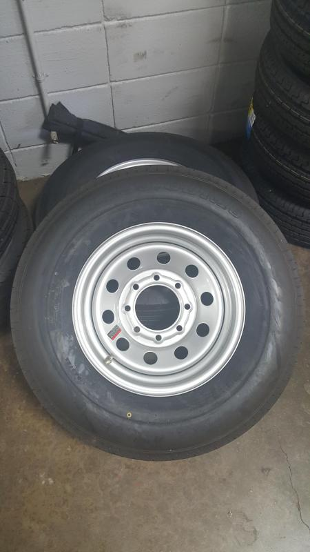 ST235/80R16 Wheel and Tire