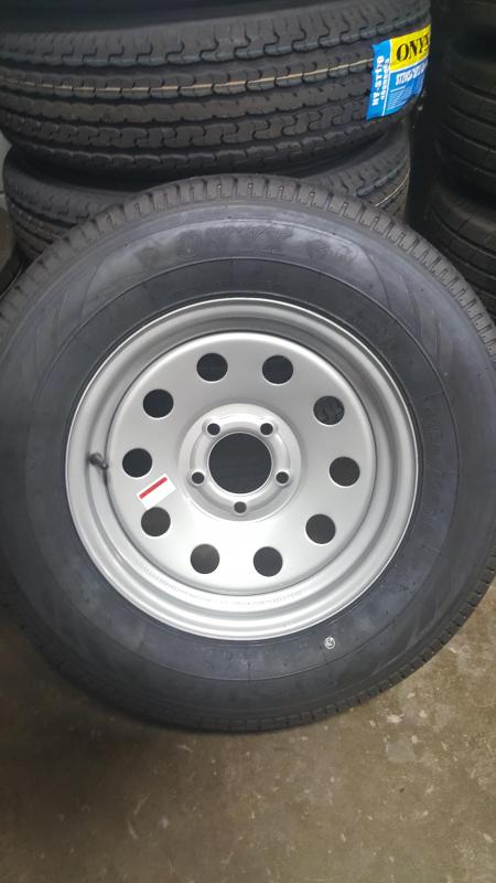 ST205/75R15 Wheel and Tire