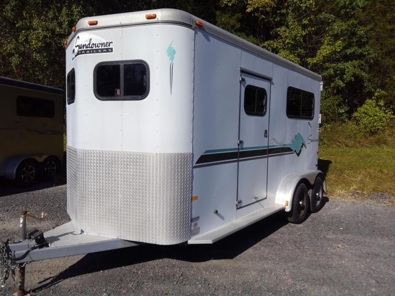 1998 Sundowner Trailers Two Horse Dressing Room Horse Trailer