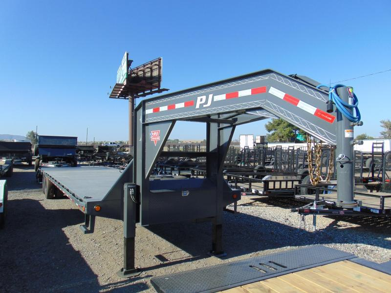 2019 PJ Trailers LY Equipment Trailer