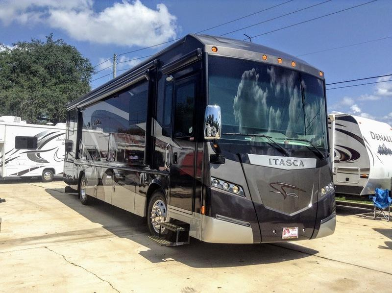2014 Itasca Meridian 36M Class A RV