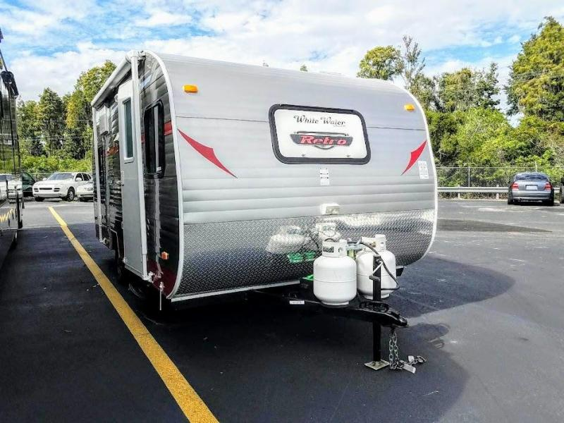 2014 Riverside WHITE WATER RETRO 177 Travel Trailer