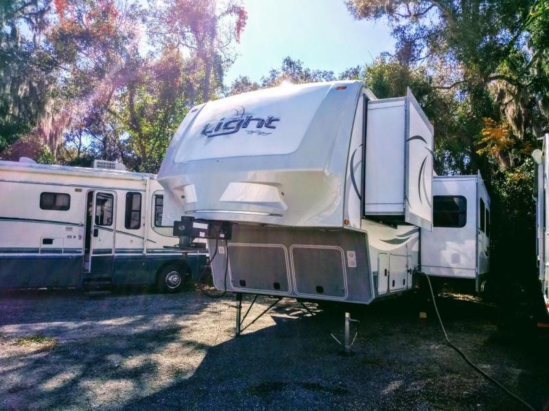 2013 Open Range Light LF305BHS Bunkhouse Fifth Wheel