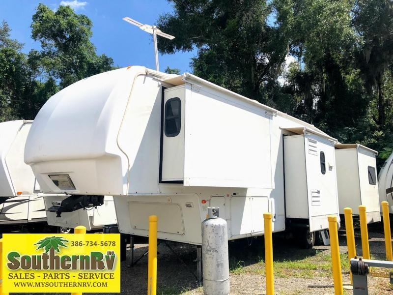 2007 Keystone Montana 3400RL Fifth Wheel Travel Trailer