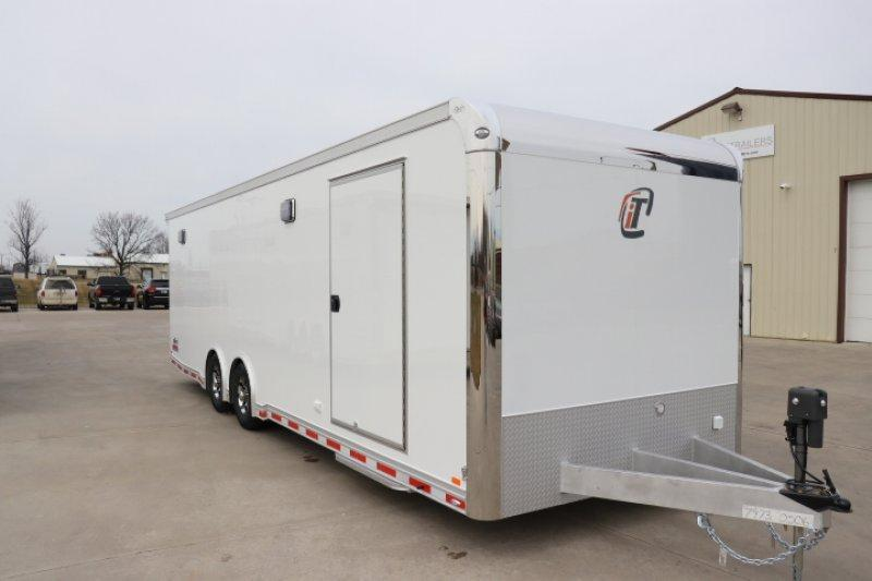 2018 inTech 28 iCon Car / Racing Trailer