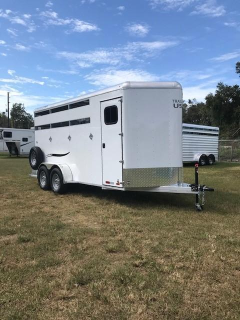 2018 Trailers USA  3H Scout Horse Trailer