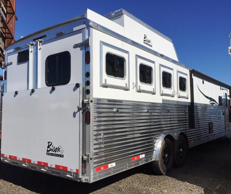 2016 BISON 8413SVB 4 HORSE SILVERADO WITH 13' SHORT WALL ***JUST REDUCED***
