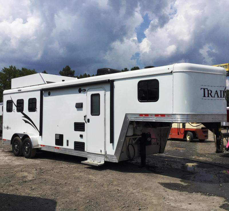 2015 Bison Trailers 7308TB TRAIL BOSS Horse Trailer