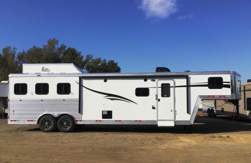 2017 Bison Trailers BISON 8418PR 4H SLANT PREMIERE WITH 18 SHORTWALL Horse Trailer
