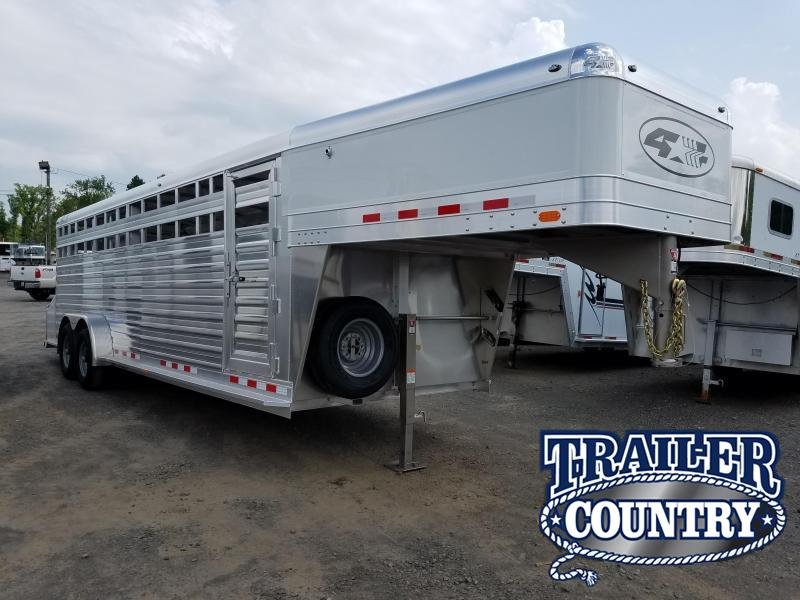 2019 4-Star Trailers 24FT STOCK Livestock Trailer