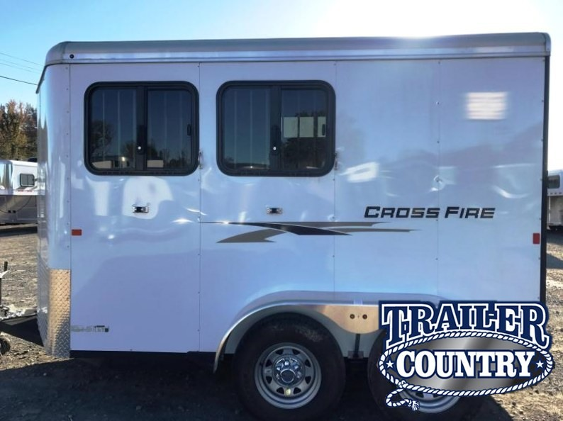 2017 Logan Coach CROSS FIRE 2H BUMPER PULL Horse Trailer