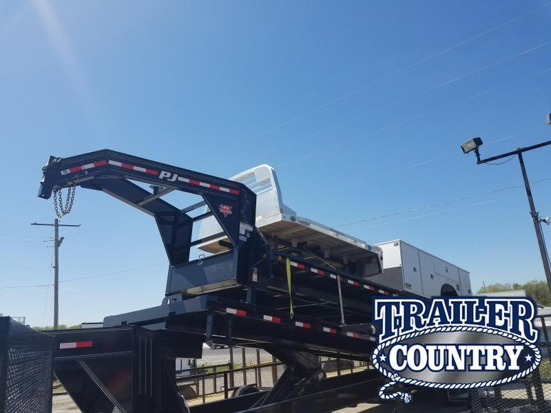 2019 PJ Trailers 30 GN Flatbed Trailer