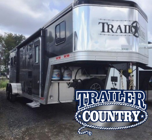 2018 Bison Trailers 2018 BISON 7208TB 2 HORSE TRAIL BOSS W/LIVING QUA Horse Trailer