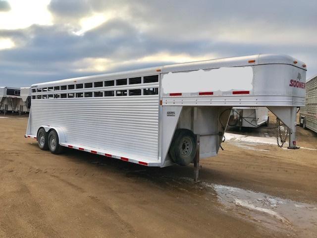 2012 Sooner 24x7 SOONER Livestock Trailer