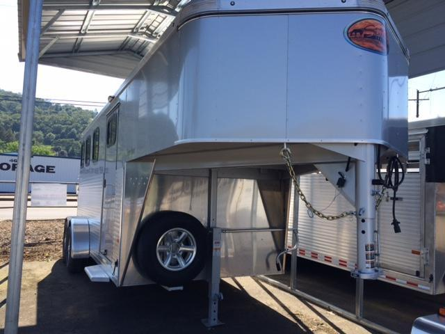 2017 Sundowner 3H GN Super Sport Horse Trailer H1KB4368