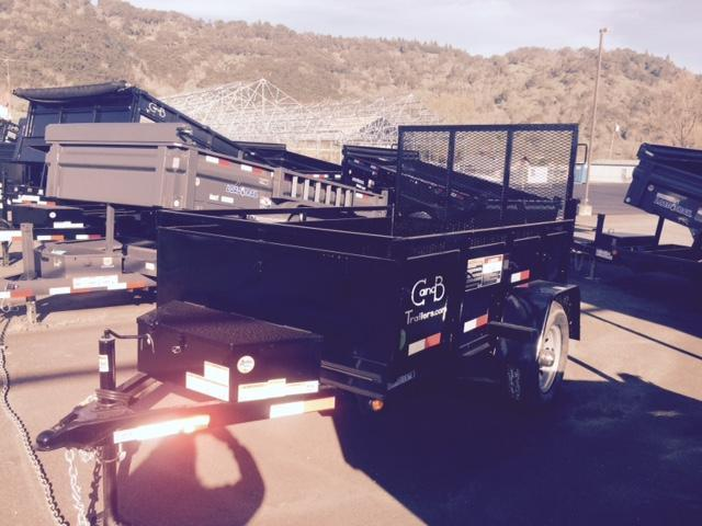 2015 C&B 5x8 Dump Trailer FN043572