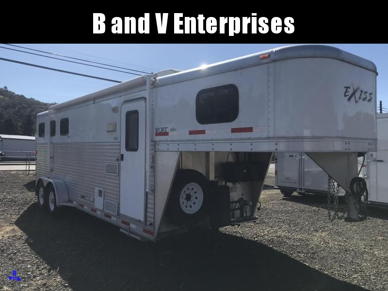 2008 Exiss Trailers Sport 3 HRS Horse Trailer