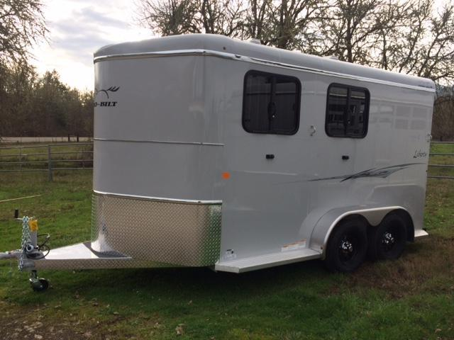 2018 Thuro-Bilt 2H Liberty Horse Trailer JR180083
