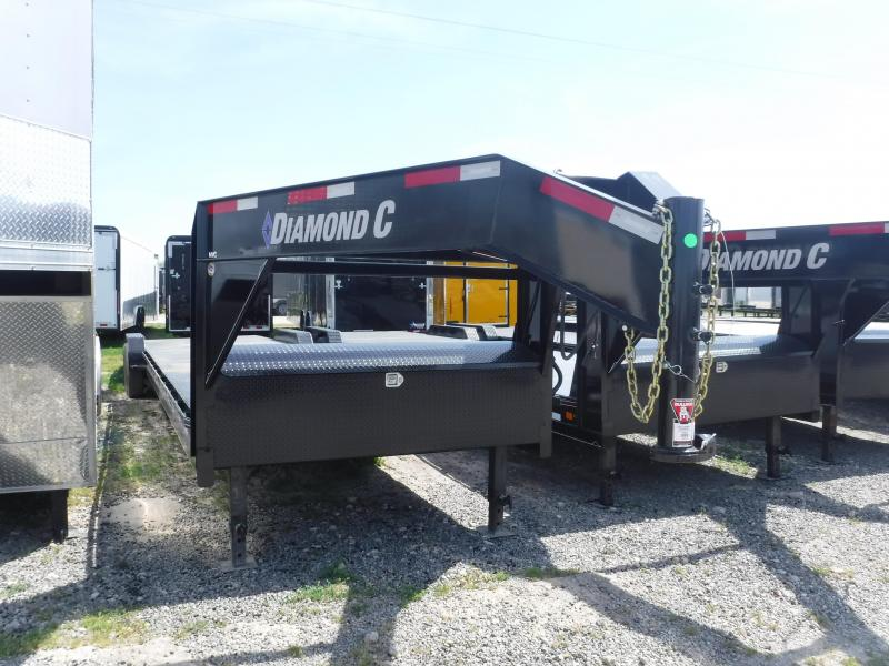 2019 Diamond C Trailers 102x35 35ft Black 2019 FMAX Flatbed Trailer