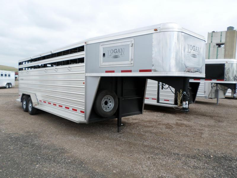 2015 Logan Coach Stockman 22 GN Livestock Trailer