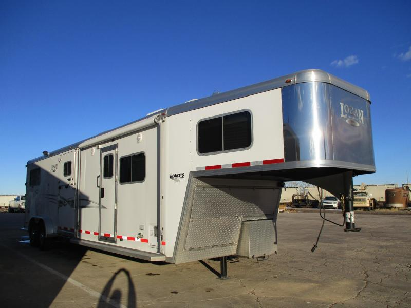 2013 Logan Coach Warmblood Horse Trailer