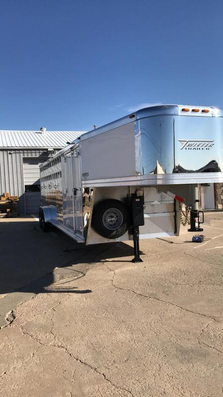 2018 Twister Trainers Tack Horse Trailer 7X26