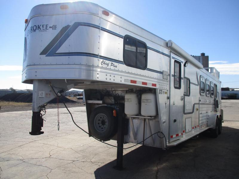 1999 Cherokee Trailers 4 horse Horse Trailer