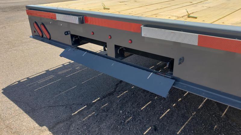 2019 Lamar Trailers F8-7k-24 Deck Over Flatbed Trailer