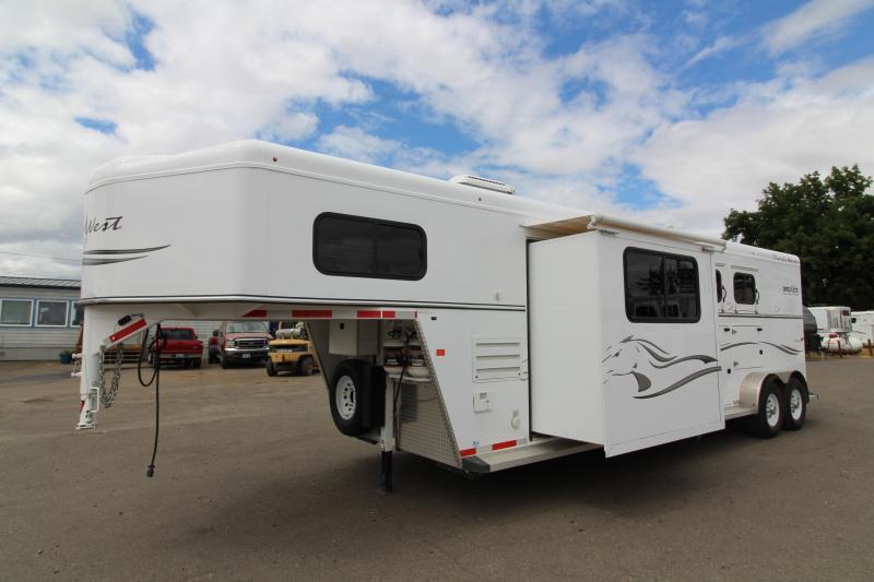 2015 Trails West Manufacturing Classic 2 Horse 12x12 LQ Horse Trailer