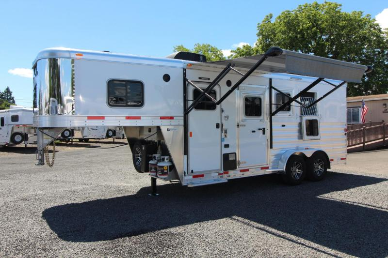 2018 Exiss Escape 7304 - 4.5ft SW Living Quarters 3 Horse Trailer