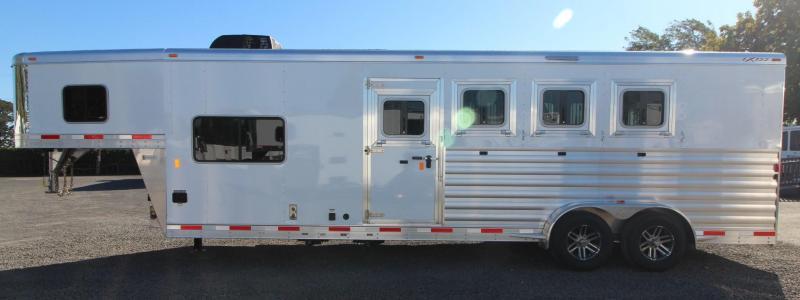 2019 Exiss Escape 7408 - 8ft SW LQ 4 Horse Aluminum Trailer - Easy Care Flooring