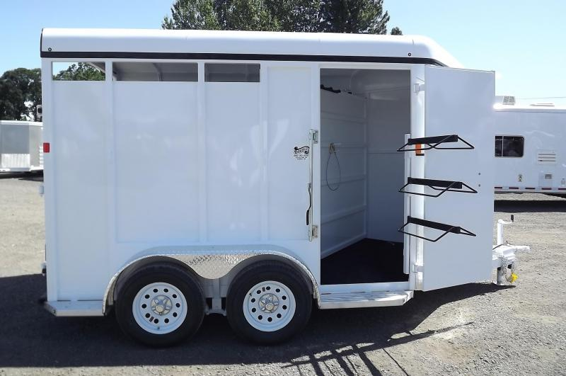2016 Fabform Vision Galvanized Steel -  Swinging Tack Wall & Adjustable Divider 2 Horse Trailer