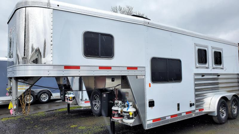 2020 Exiss 7206 6' SW - Easy Care Flooring - Electric Awning - Stud Divider - 2 Horse Trailer