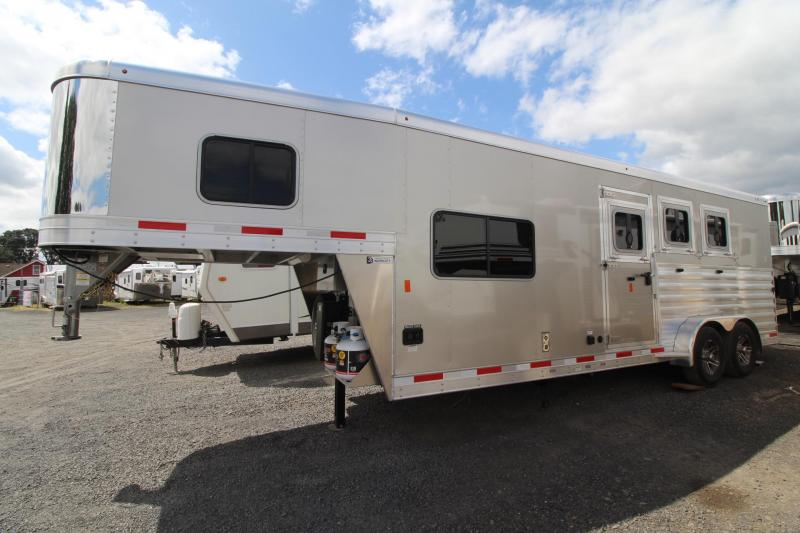 2020 Exiss Trailers Escape 7308 Horse Trailer