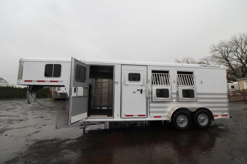 2018 Featherlite 8542 - Rear Tack - Escape Door - 3 Horse Trailer with upgraded windows