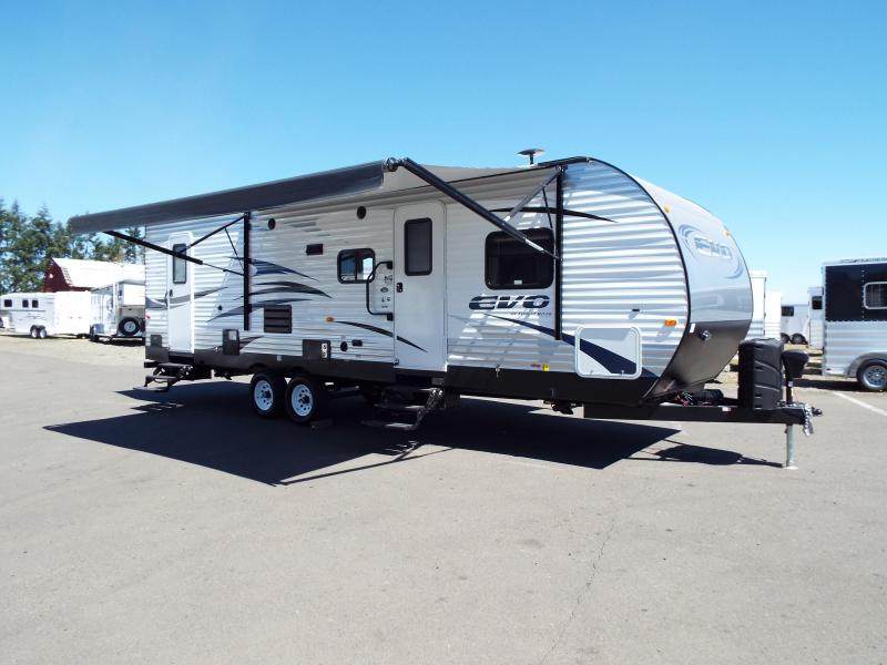 2017 Evo Model 2700 Travel Trailer - Triple Bunks on Power Lift System - Power Jacks & Awning - Arctic Package - Stainless Steel Appliances - Sleeps 9! REDUCED $2500
