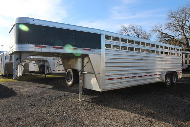 "2019 Featherlite 8127- 24ft Long 6'6"" Tall 7'6"" Wide Livestock Trailer 2 divider gates with sorting doors"