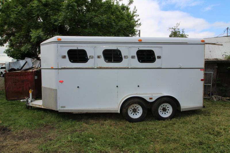 1995 Trails West  Classic 3 Horse Steel Trailer - Enclosed Tack Room - Swing Out Saddle Rack